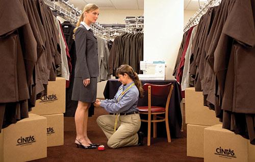 Hotel Uniforms Carpet Cleaning Amp Mat Solutions Cintas